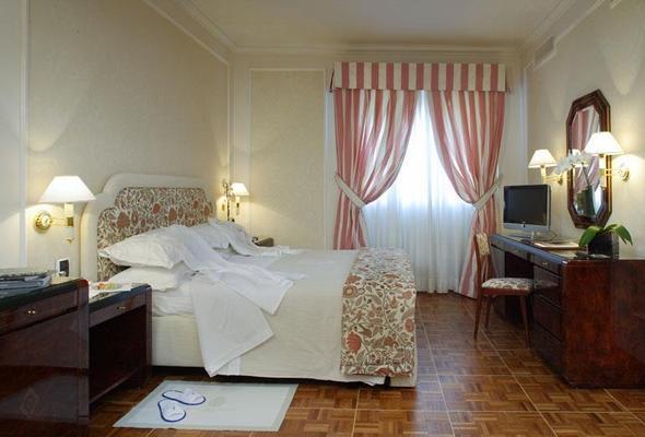 德拉威樂飯店 - 佛羅倫斯 - 臥室