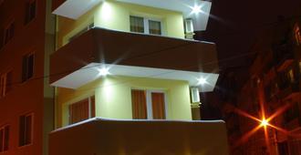 Palitra Family Hotel - Varna - Building