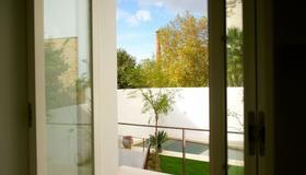 The Late Birds Lisbon - Gay Urban Resort - Lisbon - Room amenity