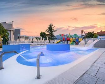Hotel Villa Glicini - Pinerolo - Piscina