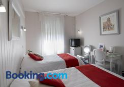 Hotel Biney - Rodez - Bedroom