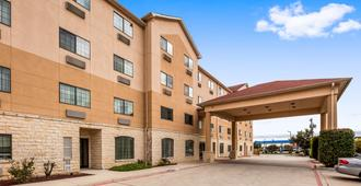 Best Western Windsor Pointe Hotel & Suites-AT&T Center - San Antonio - Rakennus