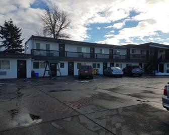 Motel 6 Cranbrook Bc - Кренбрук - Building