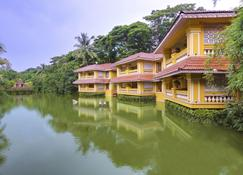 Mayfair Lagoon - Bhubaneshwar - Building