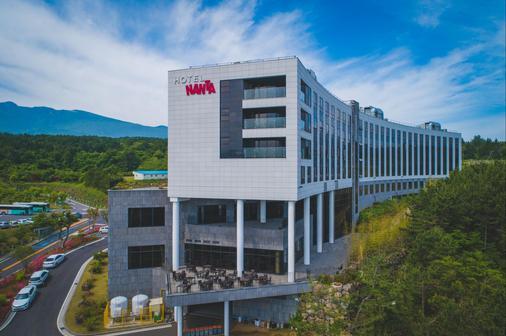 Hotel Nanta Jeju - Jeju City - Rakennus