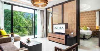 Mida Resort Kanchanaburi - Kanchanaburi - Living room