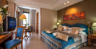 Quality Hotel Rouge et Noir - Roma - Quarto