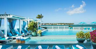 Ocean Key Resort - A Noble House Resort - Cayo Hueso - Piscina