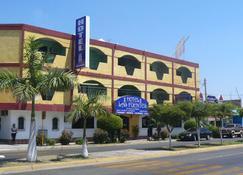 Hotel Las Fuentes - Los Mochis - Building