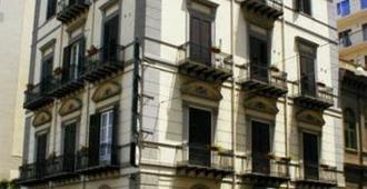 Hotel Joli - Παλέρμο - Κτίριο