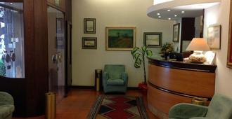 Hotel S. Antonio - Padua - Front desk