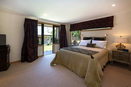 The Flying Trout Boutique Lodge - Taupo - Makuuhuone