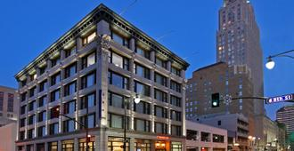 Hampton Inn Kansas City - Downtown Financial District - Kansas City - Edificio