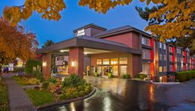 Silver Cloud Hotel - Seattle University of Washington District - Seattle - Building
