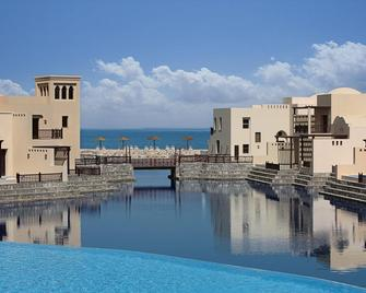 The Cove Rotana Resort - Ras Al Khaimah - Pool