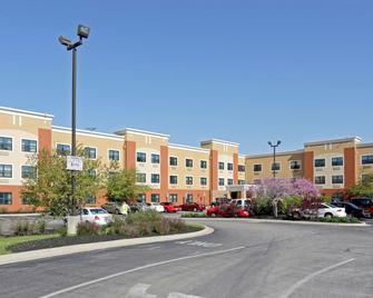 Extended Stay America - Chicago - Midway - Burbank - Building