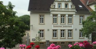 Hotel Junkerhaus - Bad Salzuflen - Gebouw