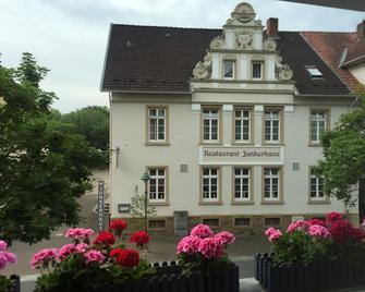 Hotel Junkerhaus - Bad Salzuflen - Building