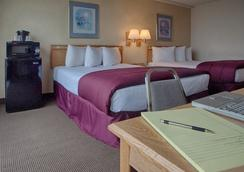 Inn At The Convention Center - Portland - Bedroom
