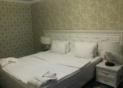 فوياس - تاراز - غرفة نوم
