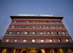Starhotels Tourist - Milán - Edificio