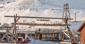 Mary-Ann's Polarrigg - Longyearbyen