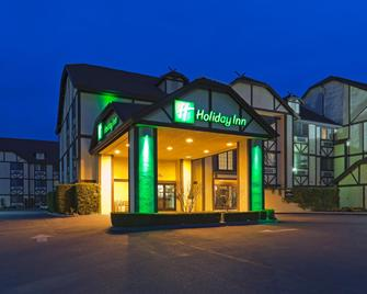 Holiday Inn Selma-Swancourt - Selma - Edificio