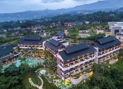 Pullman Ciawi Vimala Hills Resort - Bogor - Building