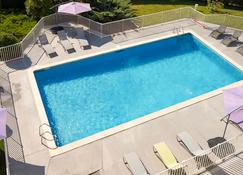 Hôtel ibis Beziers Est Mediterranee - Béziers - Pool