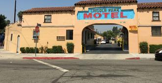 Lincoln Park Motel - Los Angeles - Building
