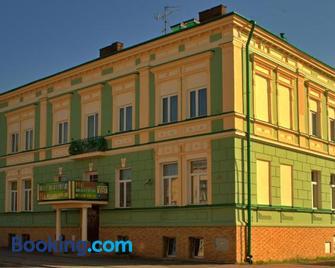 Hotel Jagiellonski - Sanok - Gebouw