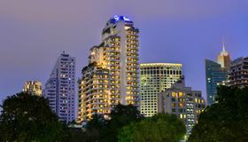 Centre Point Sukhumvit 10 - Bangkok - Bygning