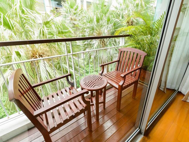 Centre Point Sukhumvit 10 - Bangkok - Balcony