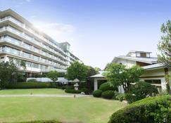 Hyoe Koyokaku - Kobe - Building