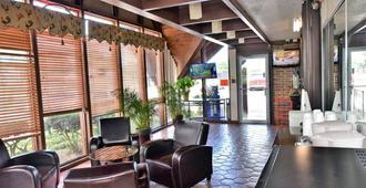 Red Carpet Inn - Houston - Lobby