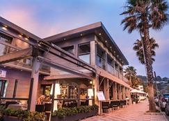 卡雷塔灣酒店 - 阿爾穆涅卡爾 - 香格里拉艾拉杜拉 - 建築