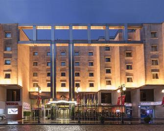 Zorlu Grand Hotel Trabzon - Trabzon - Building