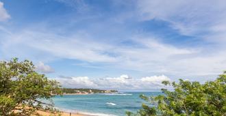 The Waves - Unawatuna - Bãi biển