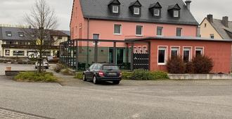 Gasthaus am Flughafen - Hahn