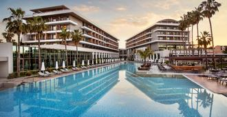 Barut Cennet And Acanthus - Side - Pool