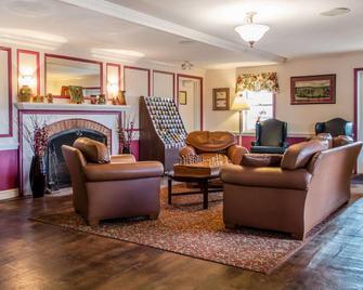 Clarion Inn Strasburg - Lancaster - Strasburg - Obývací pokoj
