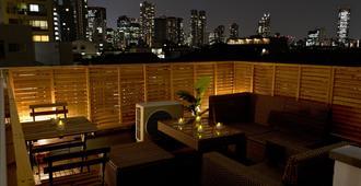 Mini Hotel Shinjuku Front 101 - Tokyo - Balcony