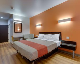 Motel 6 Catoosa, OK - Catoosa - Schlafzimmer