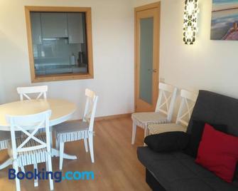 Beach Apartment - Vilanova i la Geltrú - Living room
