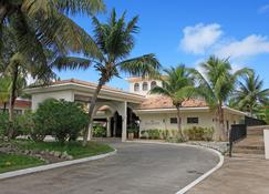 Rota Resort & Country Club - Sinapalu - Building