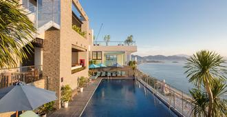Maple Hotel & Apartment - Nha Trang - Piscina