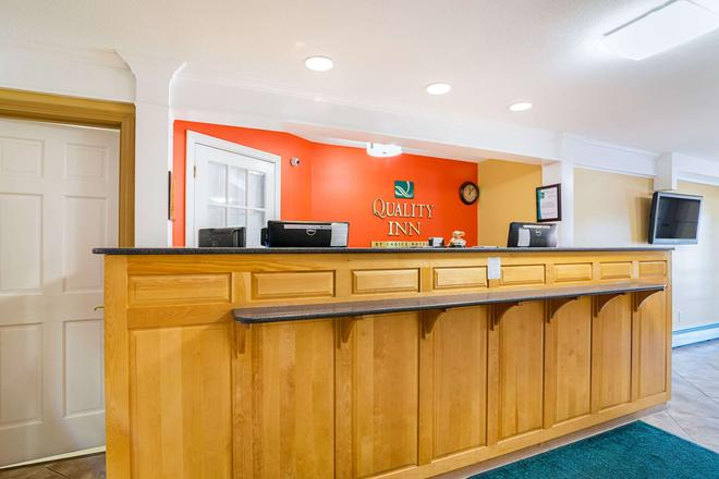 Quality Inn - North Conway - Front desk