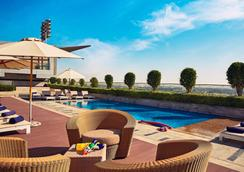 The Meydan Hotel - Dubai - Pool