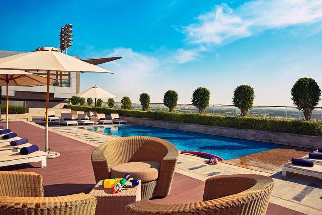 The Meydan Hotel - Dubai - Pool