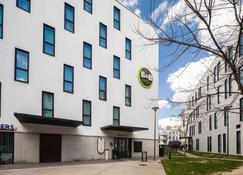 B&b Hôtel Lille Tourcoing Centre - Tourcoing - Building